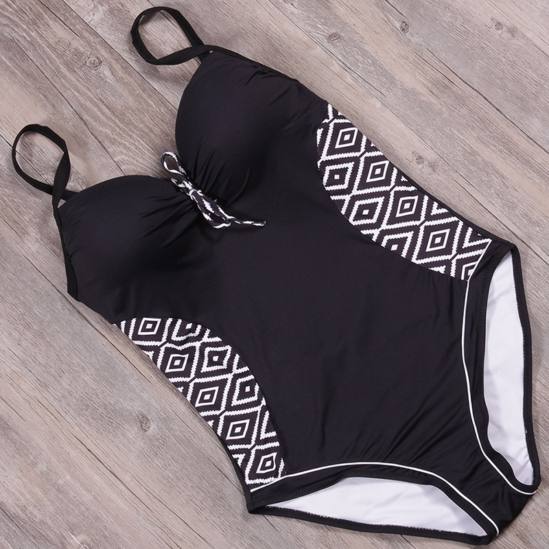 c5af9a41a0 ... 🩱 Diamond Print Vintage Backless Women Swimsuit